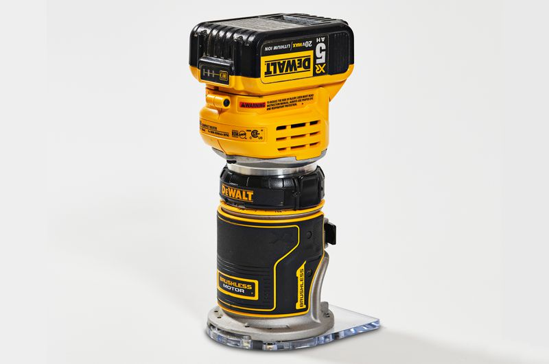 Fall 2021 Tool Lab, compact router from DeWalt