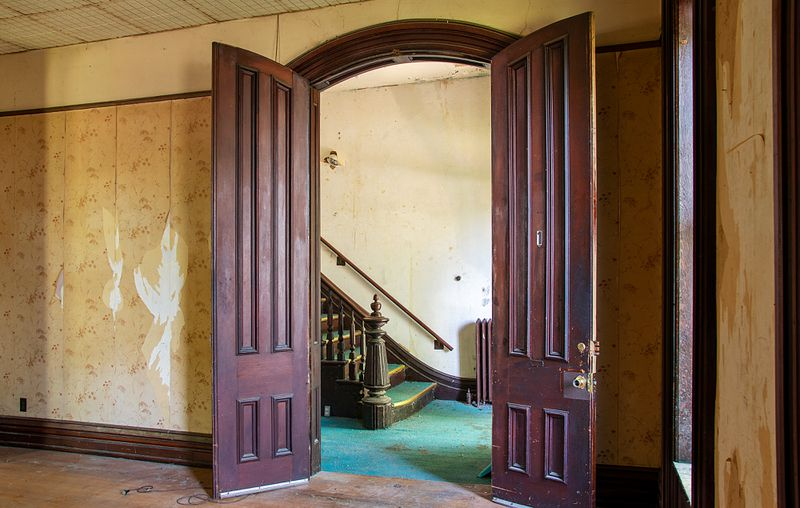 Fall 2021 Save TOH, entry hall doors