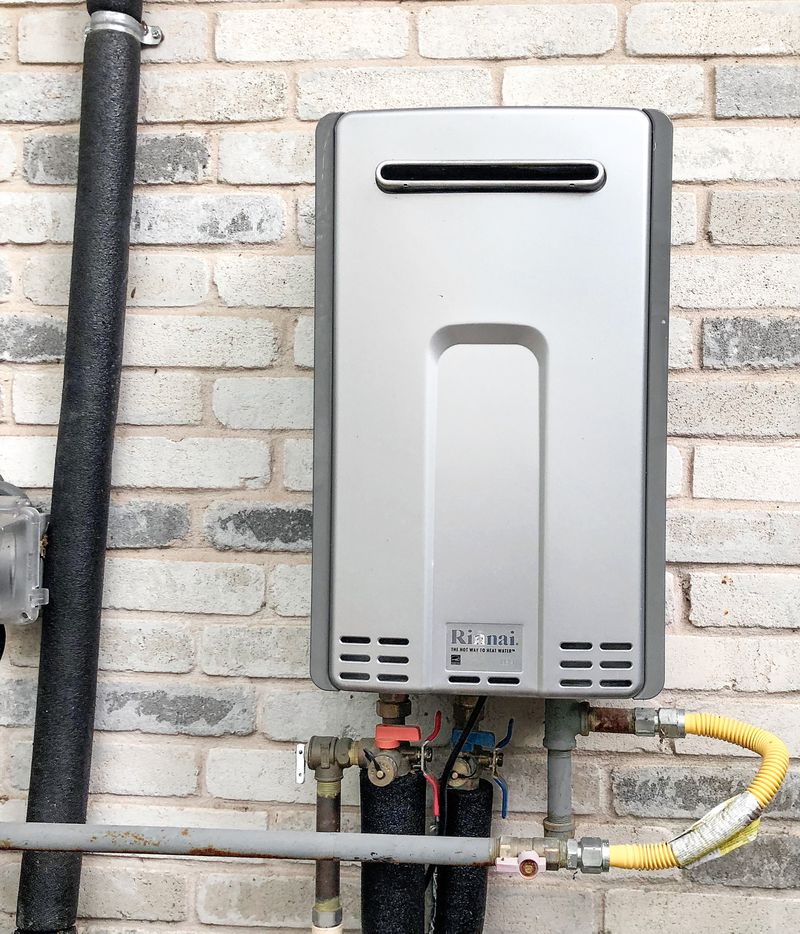 Outdoor Tankless Water Heater